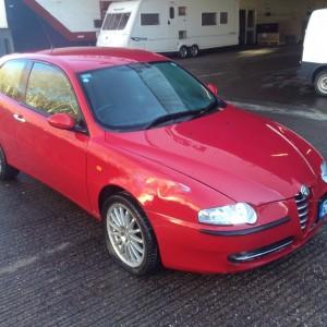 Alfa Romeo 147 JTD 8v diesel breaking