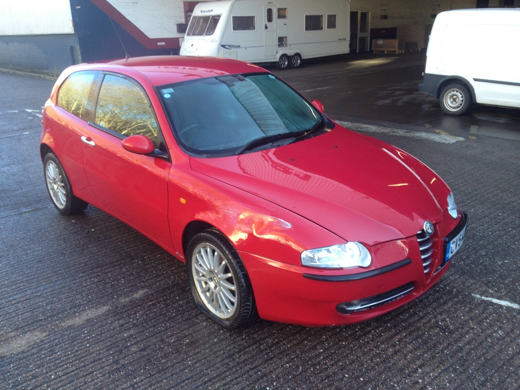 alfa romeo 147 1 9 jtd 8v diesel turbo breaking for spares italia autos. Black Bedroom Furniture Sets. Home Design Ideas